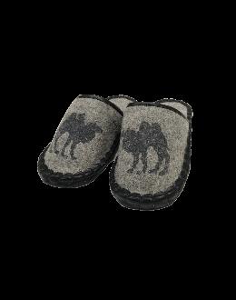 Тапочки из войлока серые с рисунком